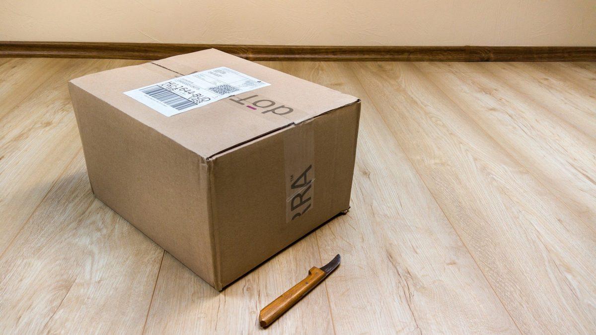 Bezpieczne przesyłki wdobie koronawirusa – oczym pamiętać, nadając iodbierając paczki?