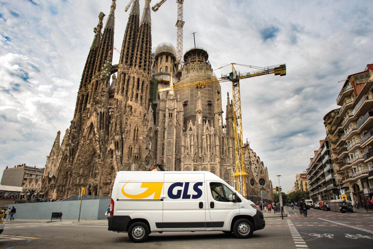 Kurier GLS w Barcelonie