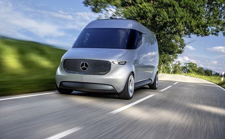 Furgonetka kurierska Mercedes